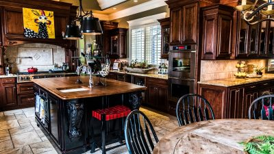 Kitchens - Gracious Living and Entertaining - Bluetree-003