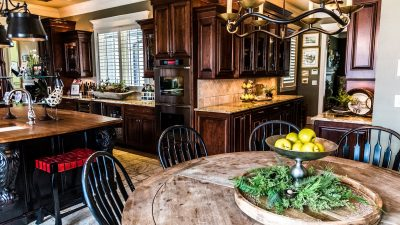 Kitchens - Gracious Living and Entertaining - Bluetree-011