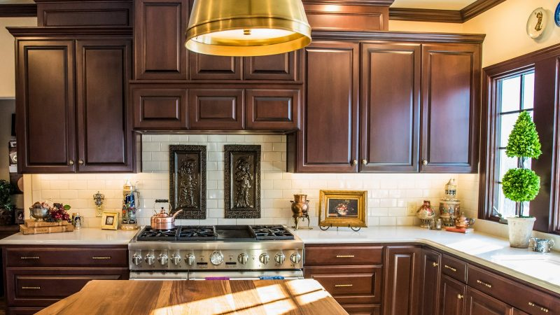 Kitchens - Handsomely Historic - Bluetree-001