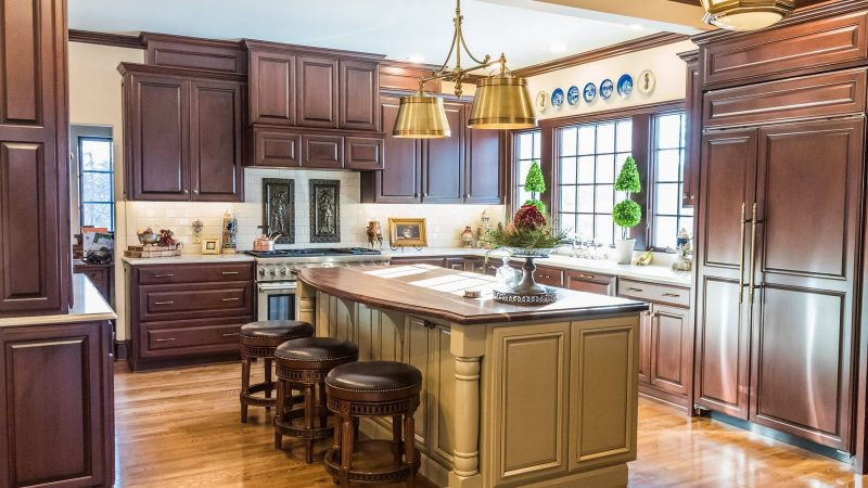 Kitchens - Handsomely Historic - Bluetree
