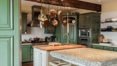 Kitchens - Lakeside Retreat - Bluetree-008