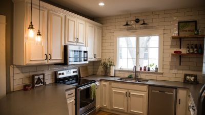 Kitchens - Pickwick Cottage - Bluetree