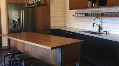 Kitchens - Sophisticated Hangout - Bluetree